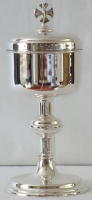 7207 English Sterling Silver Ciborium