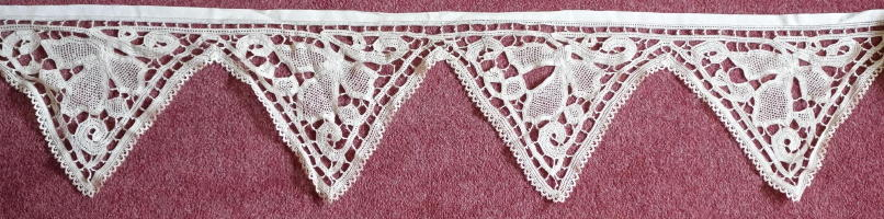 Antique Brussels Lace Superfrontal