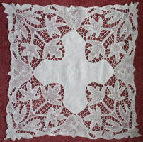 Lace Credence Cloth